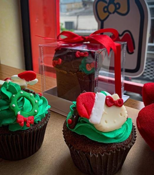 Confira o cardápio especial de Natal do Café Hello Kitty, em São Paulo